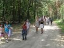 Powrót do ośrodka spacerkiem przez las